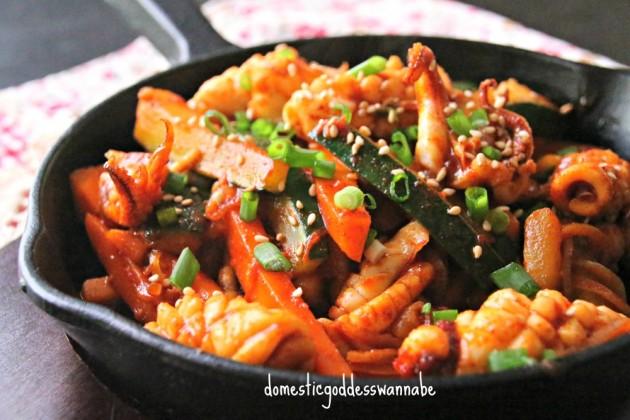 Καλαμάρια με λαχανικά